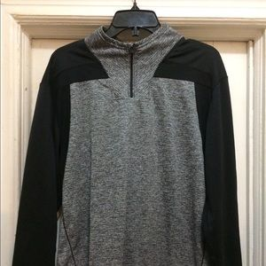 Champion Men's Quarter-zip Size Medium